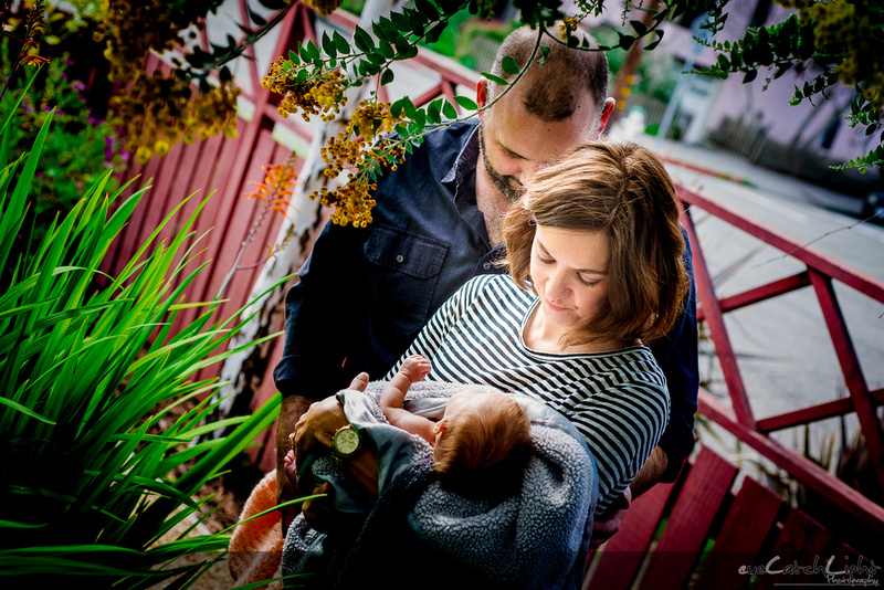 Mountain View newborn photographer - little Maeve with her family and her loving parents!